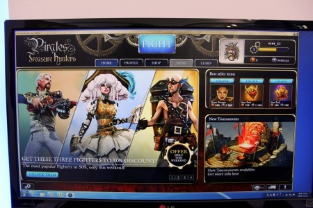 Pirates-Treasure-Hunters-G-Star-2013-booth-photo-1
