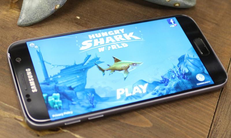 Hungry Shark World: Poradnik do gry – wskazówki dla początkujących i nie tylko